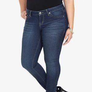 Torrid Medium Wash Skinny Jeans Size 18T
